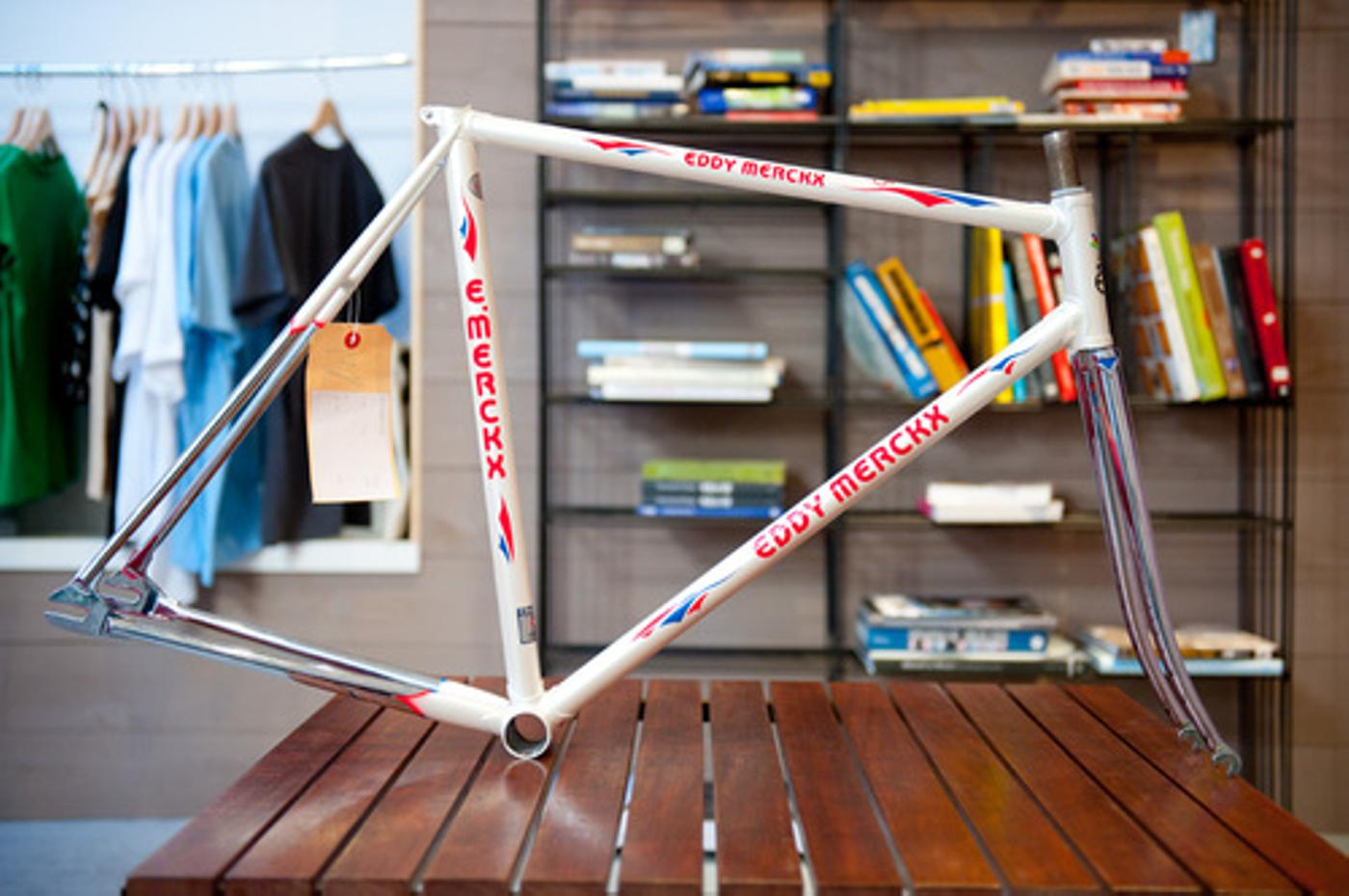 MERCKX-steel-track-001.jpg